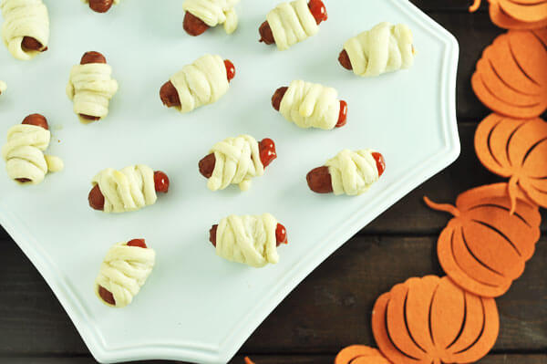 Easy Halloween Mummy Fingers -www.thekusilife.com