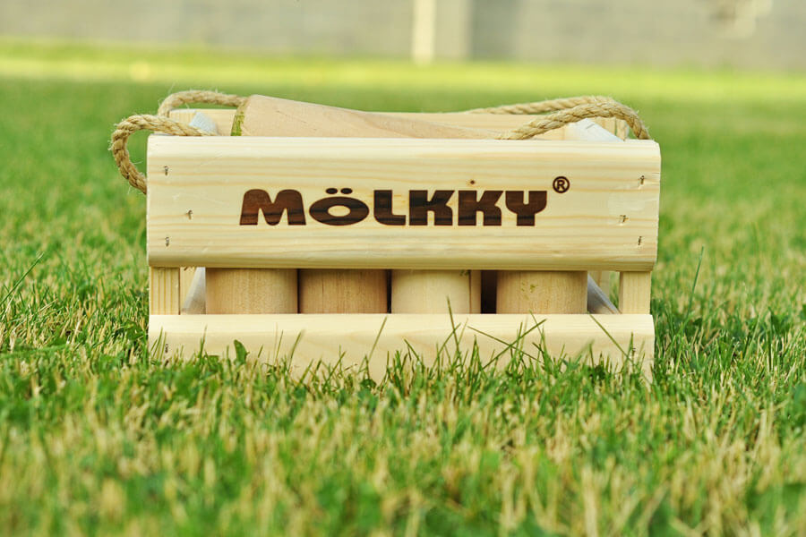 Mölkky - Finnish Lawn Game Review - www.thekusilife.com