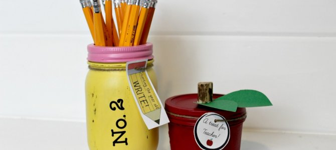 Back to School Mason Jars: Teacher Gift/Home Decor